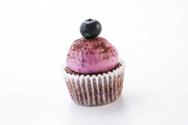 Mini bluebrry cupcake