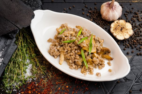 Buckwheat with White Mushrooms