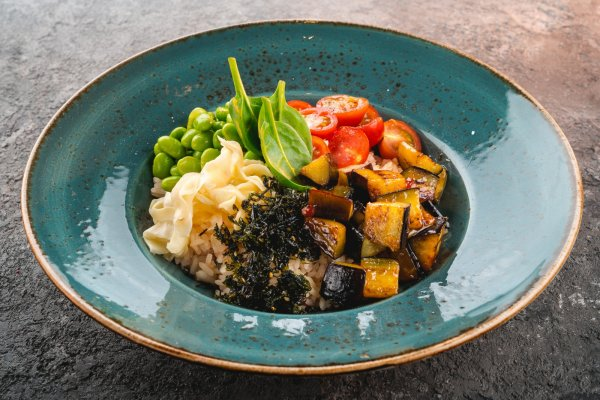 Vegetable bowl with rice
