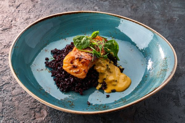Salmon with black rice